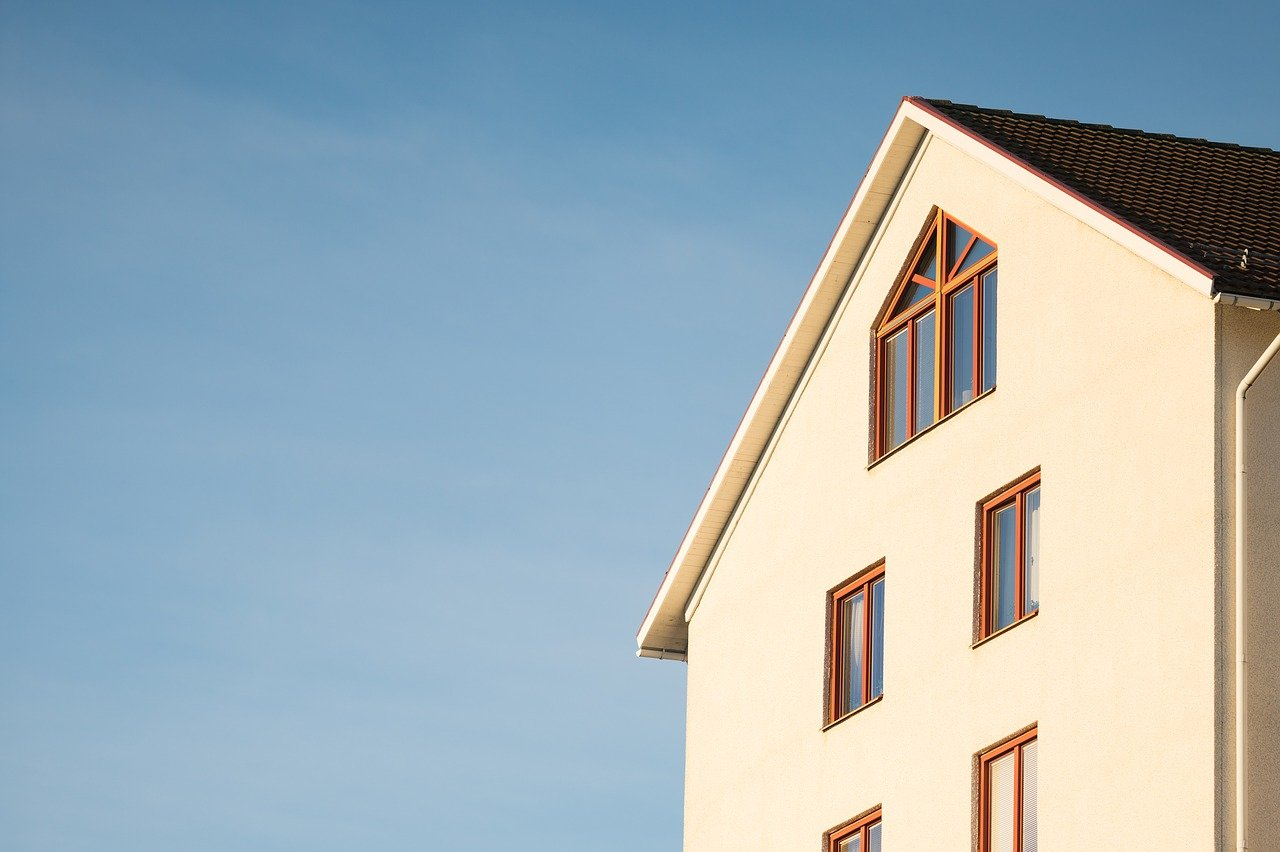 Top Techy Tips to get onto the property ladder
